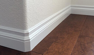 FLOOR AND CEILING MOULDING